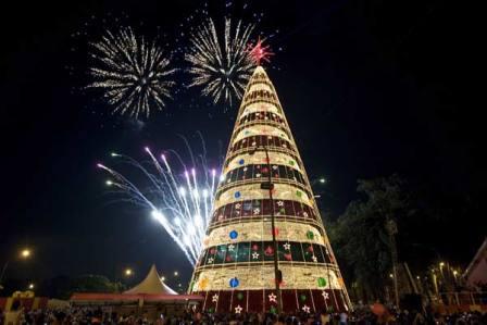 Turrones y mazapanes - Arbol de Navidad Brasil